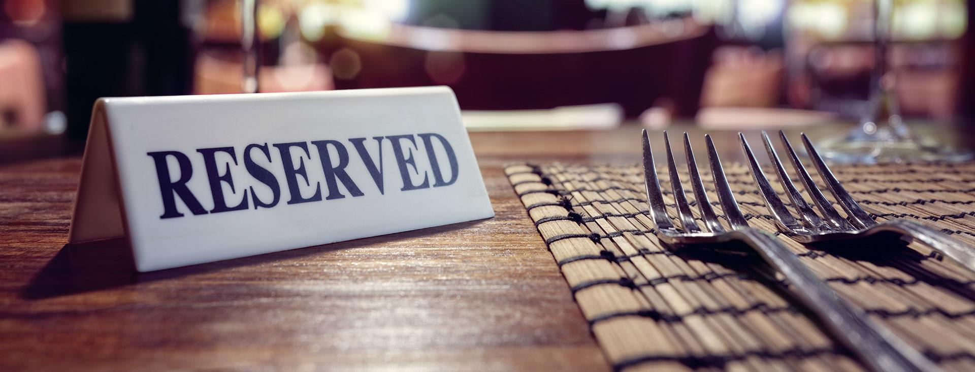 rezerva-o-masa-la-restaurantul-cerbul-romanesc-din-londra